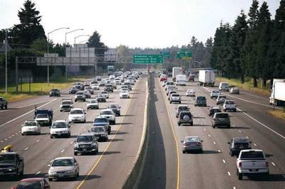 Governor signs Oregon transportation bill