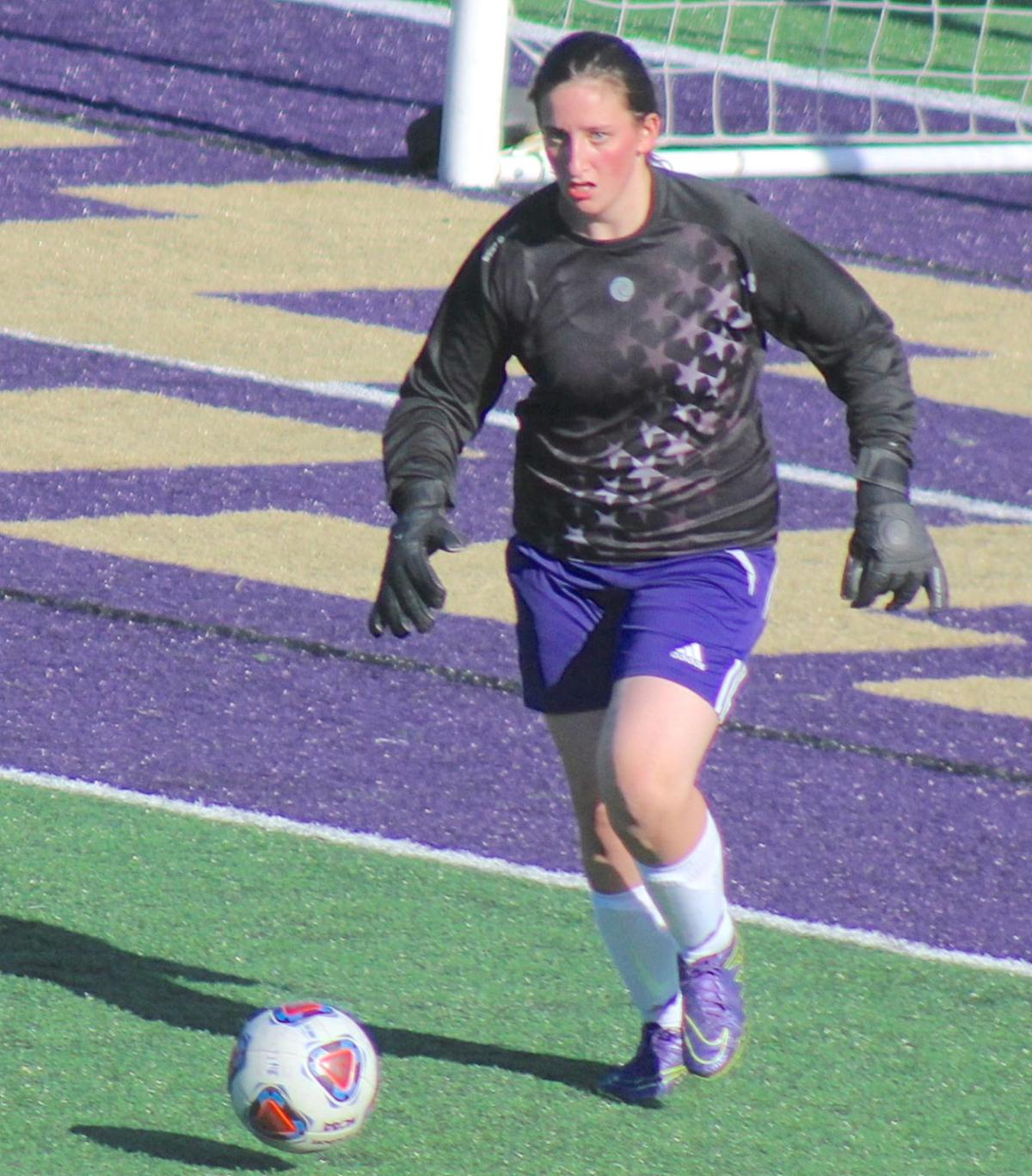 Baylee McSwain, Astoria soccer