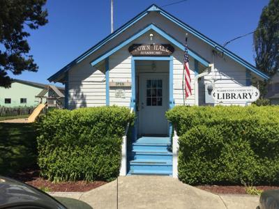 Warrenton library teeters toward trouble