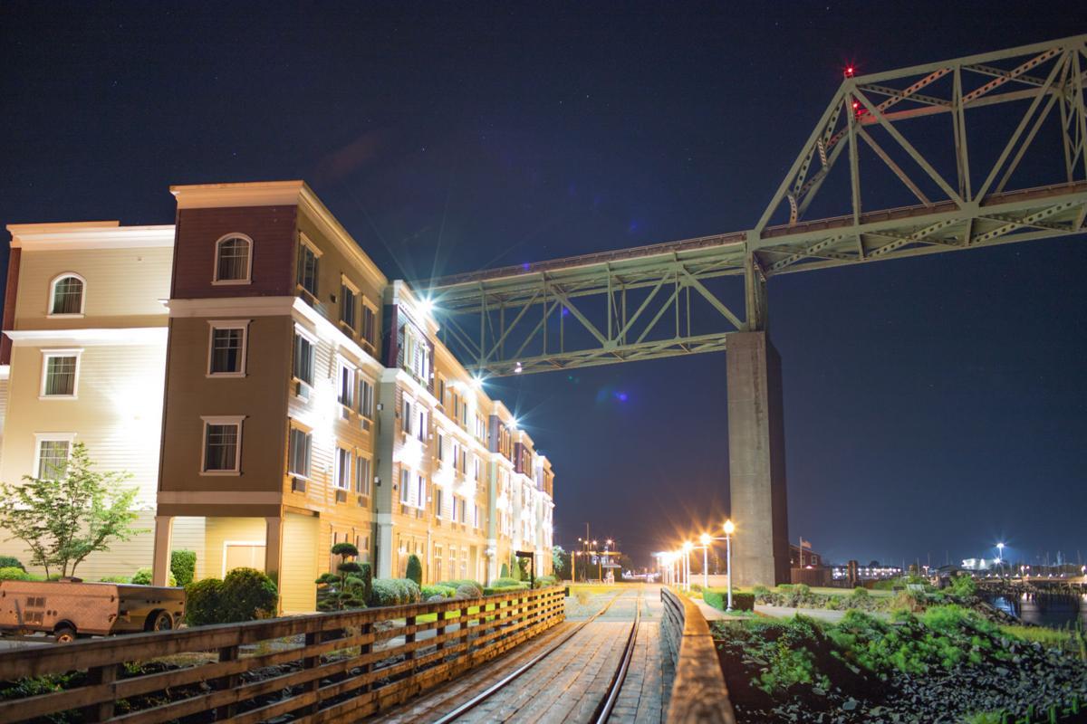 Holiday Inn at night