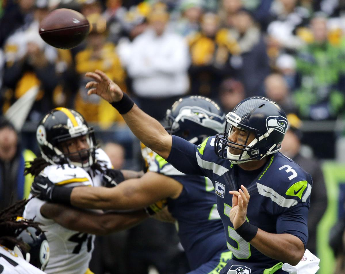 Seattle leans on its offense to beat Pittsburgh 39-30