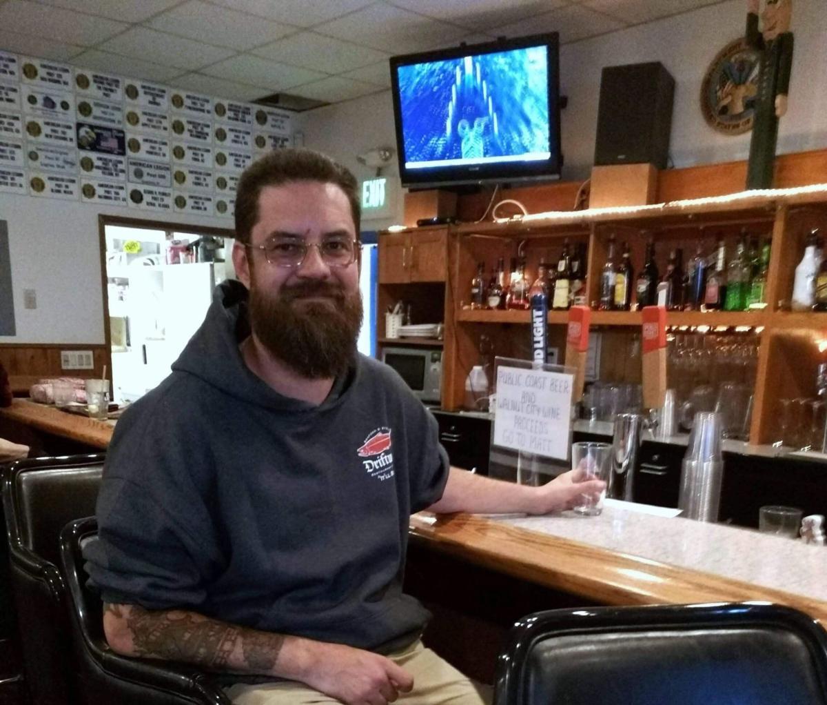 Cannon Beach rallies behind beloved bartender