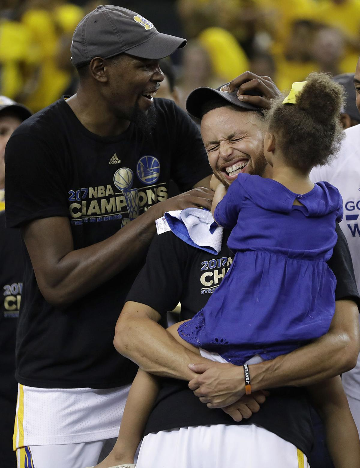 Curry, Durant look to build a Warriors dynasty
