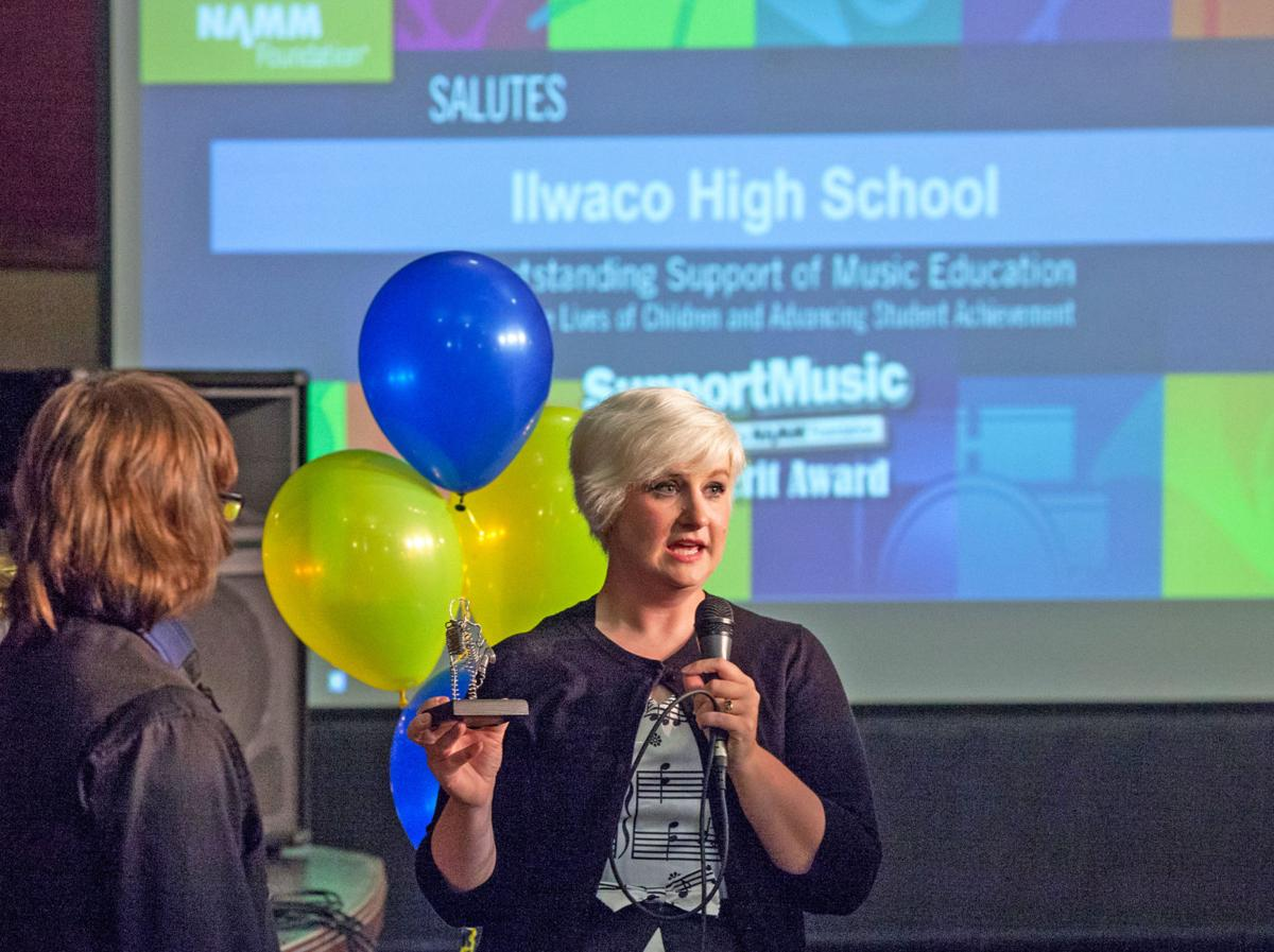 Ending on high note Ilwaco High School's year-end concert full of music, tears, memories