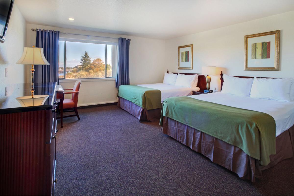 Coast River Inn debuts 'budget boutique' style