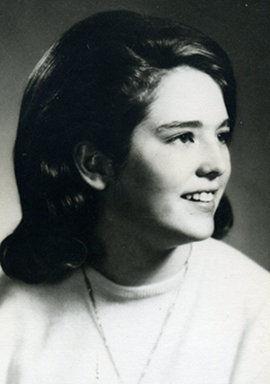 Shelley Elizabeth (Barnett) Ahola