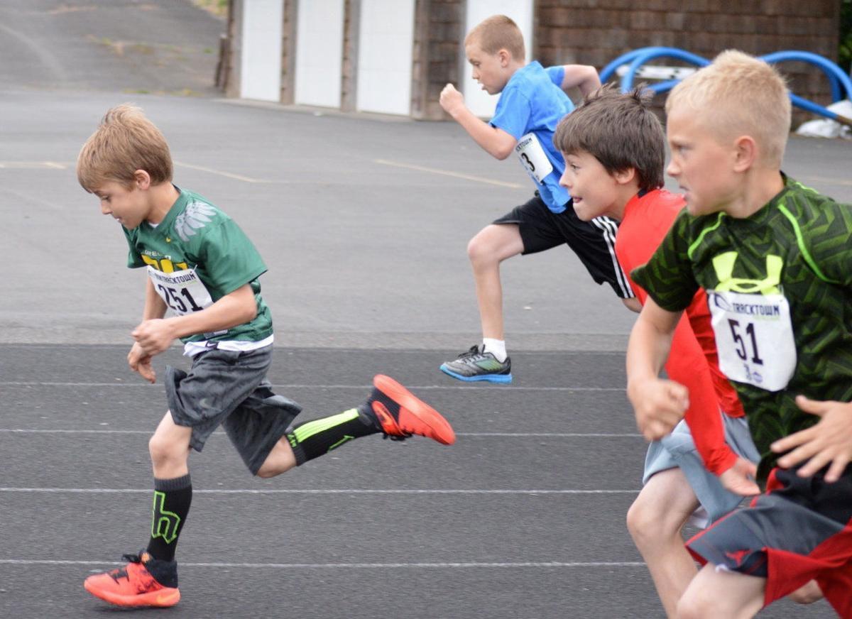 Youth track athletes