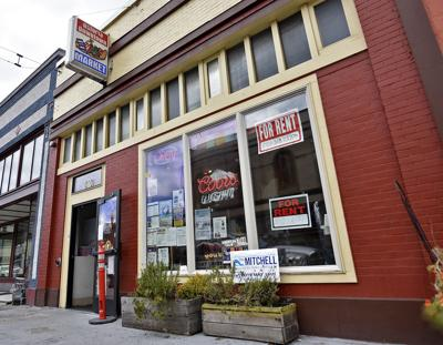 Astoria grocer fights SNAP decision