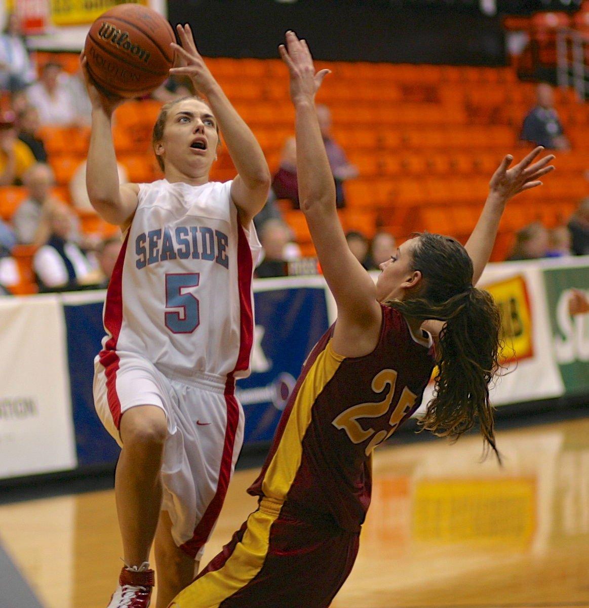 Marla Olstedt, basketball