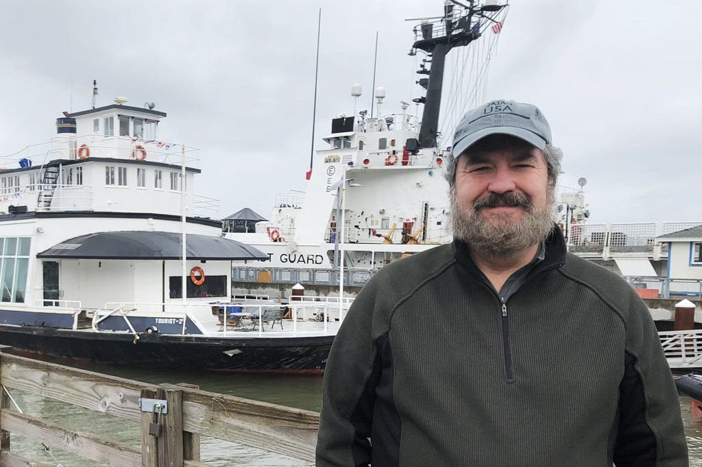 Astoria Ferry Group finds harbor