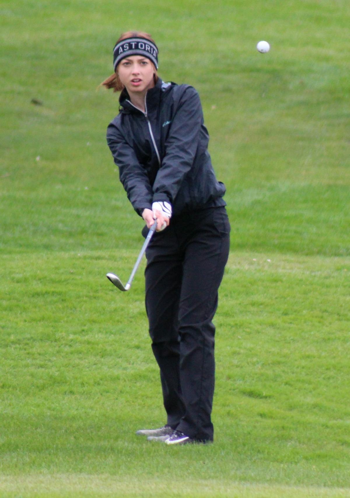Astoria golfer Samantha Hemsley