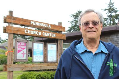 Peninsula pastor closes curtain on career