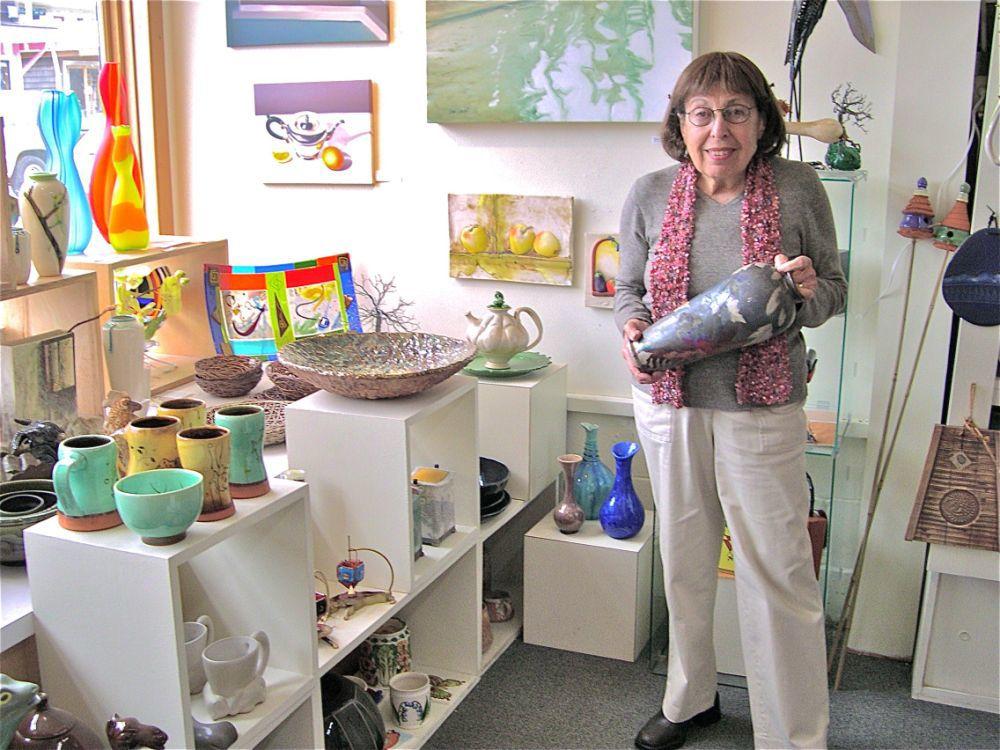 Former White Bird Gallery owner dies at 87
