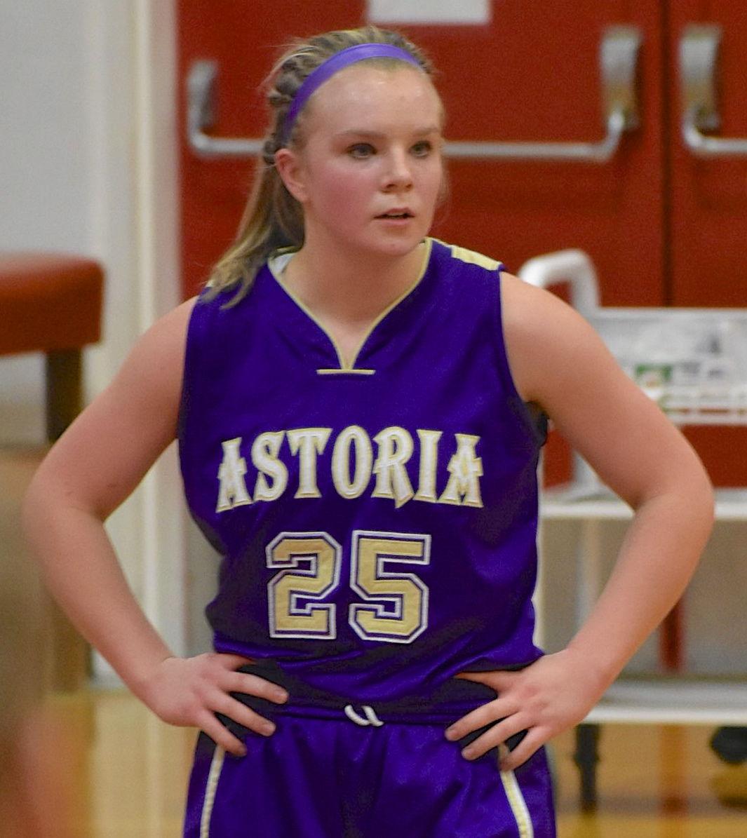 Hailey O'Brien, Astoria