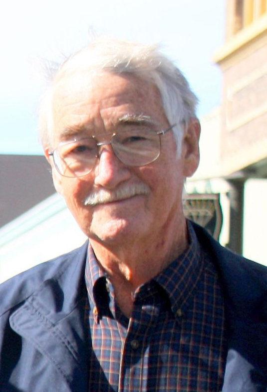 Astoria's 'unsung hero' Mitchum dies at 73