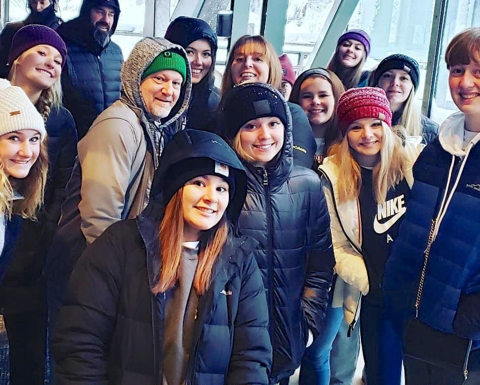 Astoria girls basketball team, Alaska
