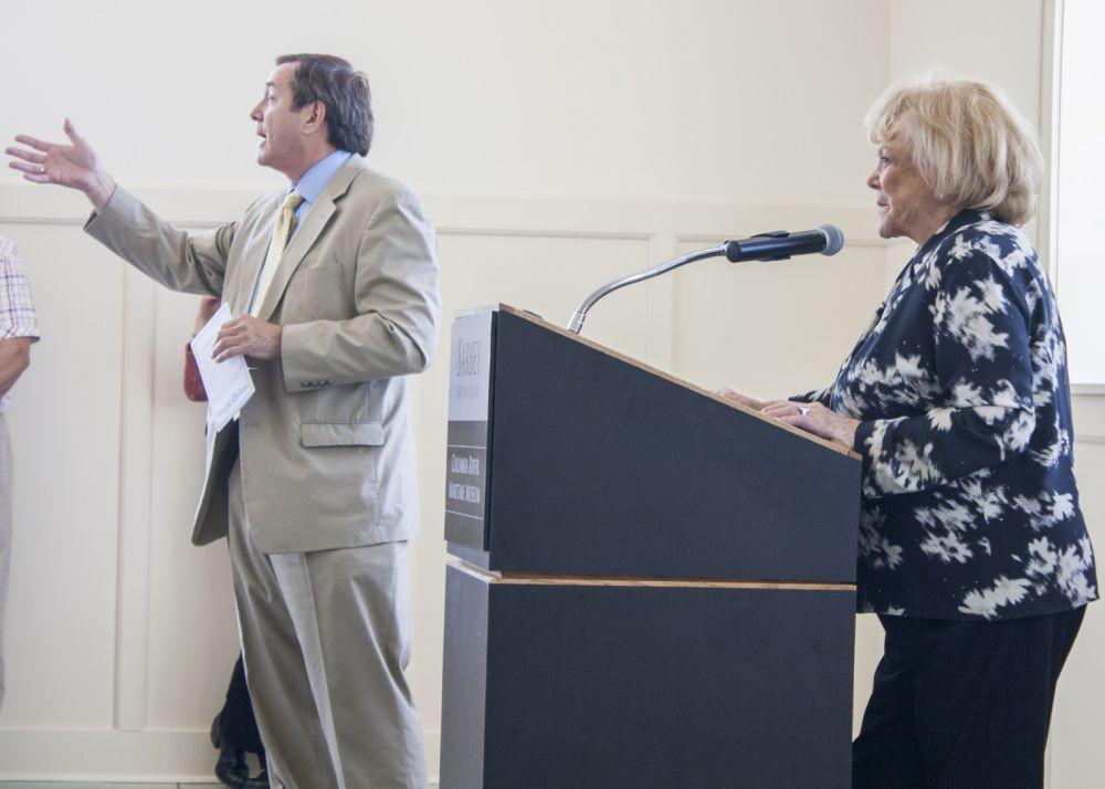 Students award funds to nonprofits, schools