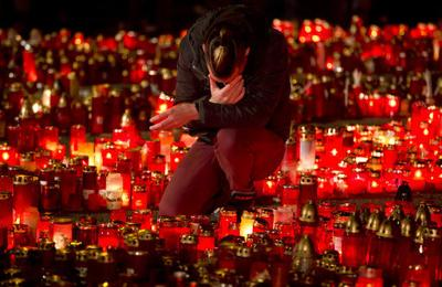 Romanians gather to mark 3 years since deadly nightclub fire