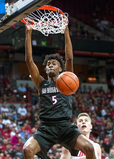 With McDaniels back, expectations high again for Aztecs