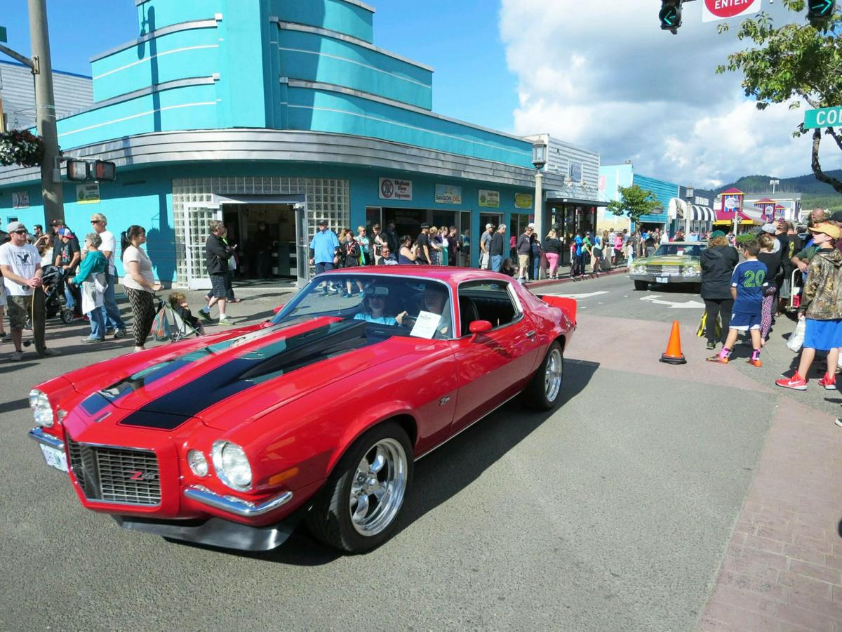 Show On The Road Wheels And Waves Car Show Features Hot Rods Muscle
