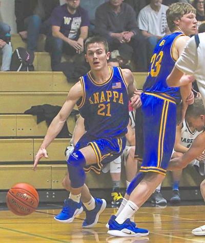 Knappa's Timber Engblom and Eli Takalo