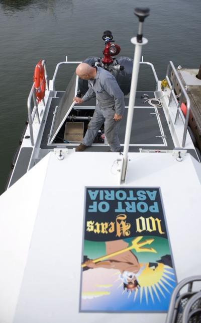 Trident boat crew