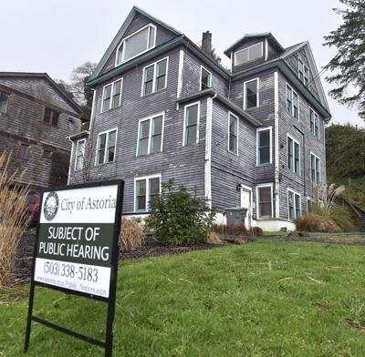 Preservationists spar over demolition request