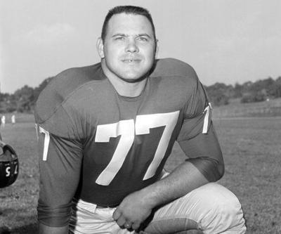 Dick Modzelewski, star tackle for Giants, dies at 87