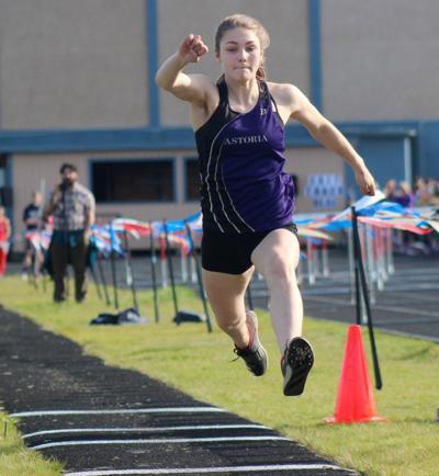 Astoria long jumper Elizabeth Barnett