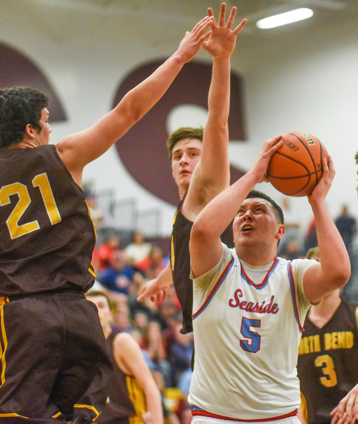 Seaside boys play for state championship after beating North Bend