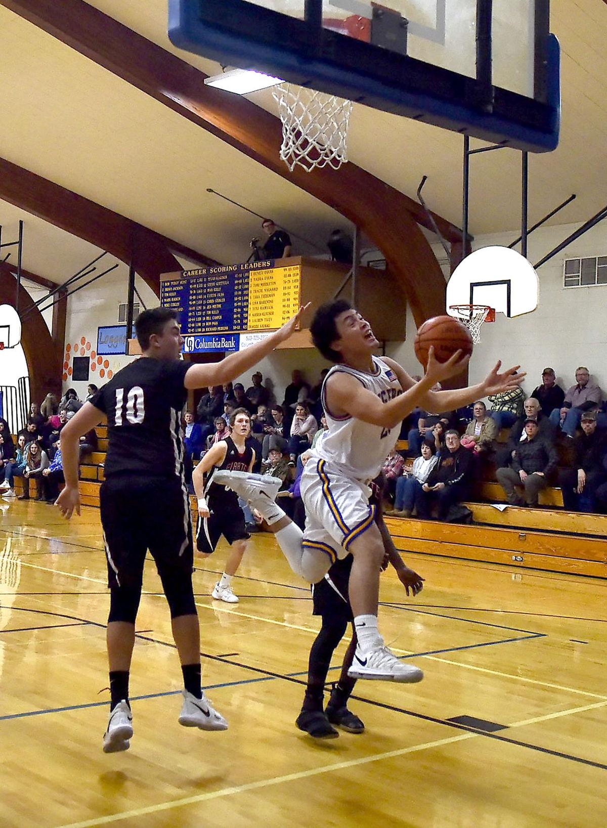 Boys basketball: Knappa Loggers pound the Neah-Kah-Nie Pirates, 89-52