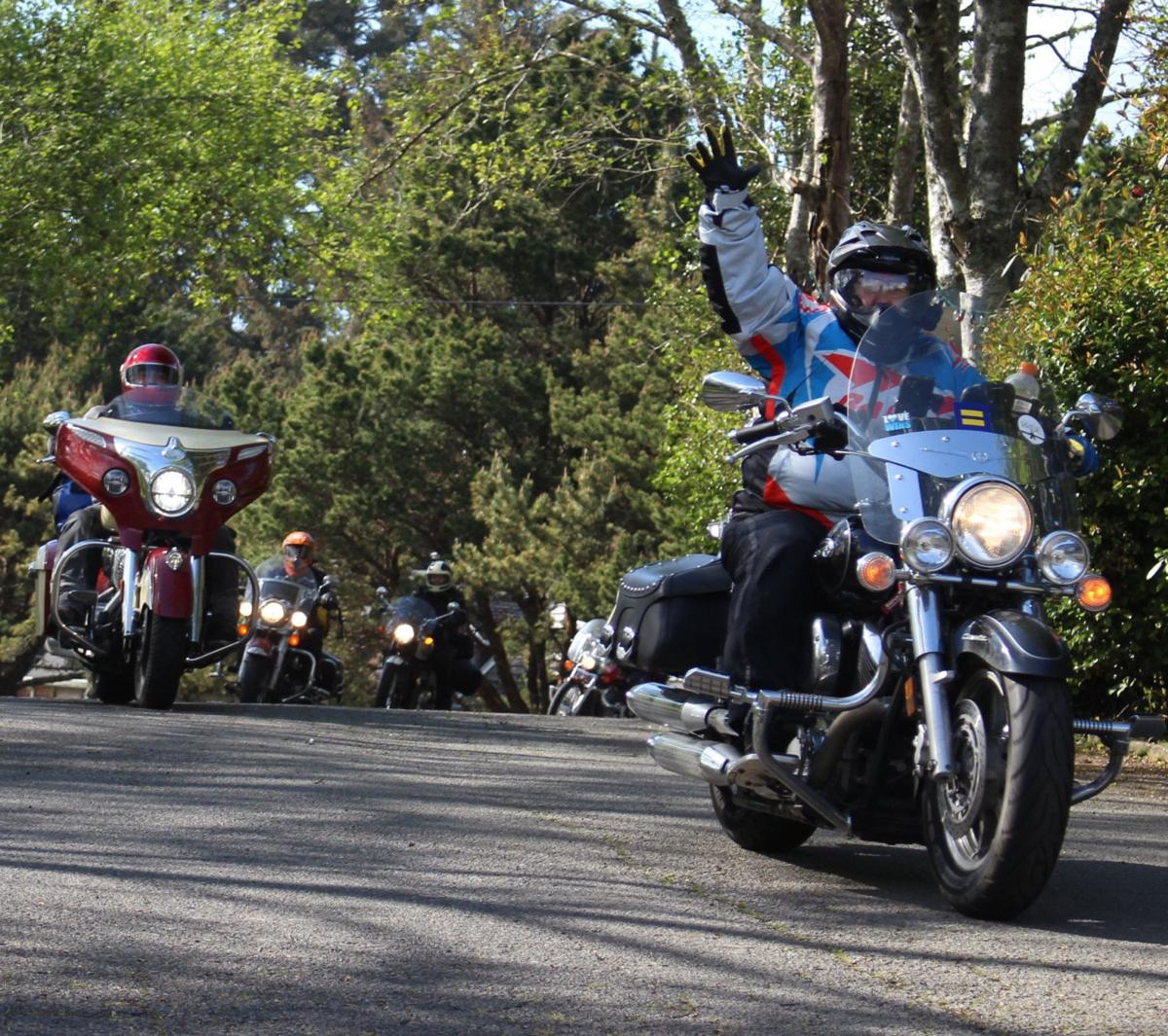 Women motorcyclists 'Flock to the Rock'