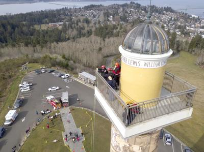 Emergency crews re-create Astoria Column rescue
