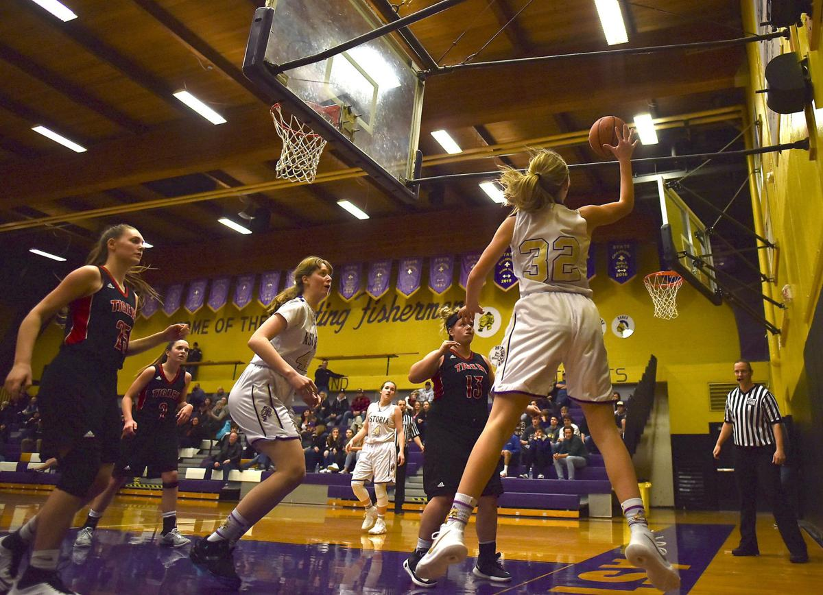 Big Tiger rally nets Clatskanie win over Astoria | Local