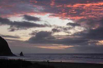 Cannon Beach considers lodging tax hike
