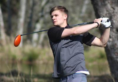 Astoria golfer Dylan Altheide-Nielson