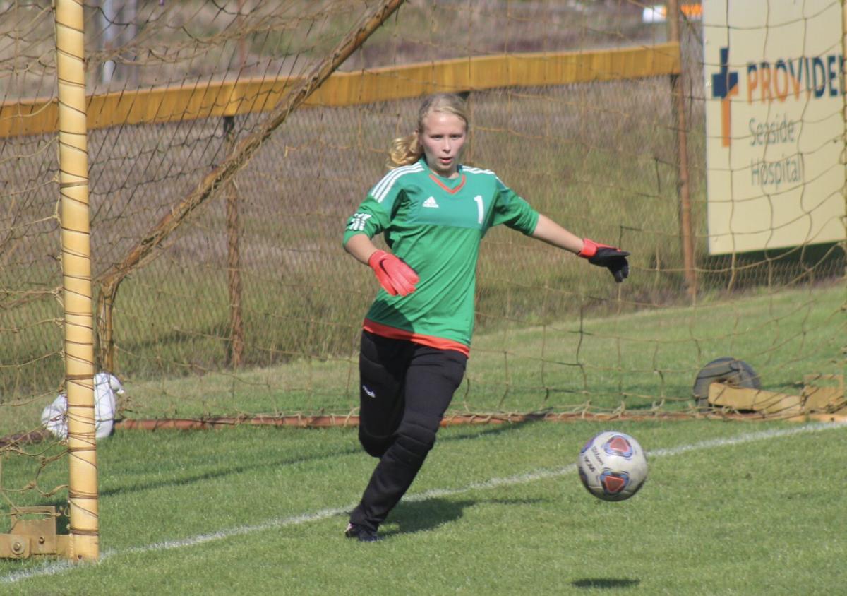 Audrey Cereghino, Astoria soccer