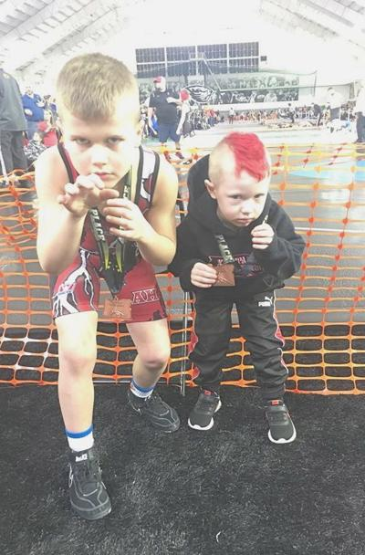 Knappa youth wrestlers