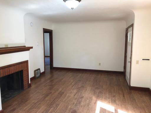649 E 16th Interior