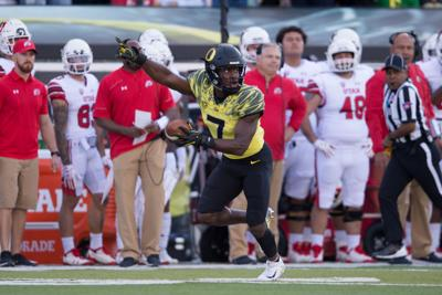 NFL Draft updates: Ugo Amadi first Duck picked, taken by Seahawks in Round 4