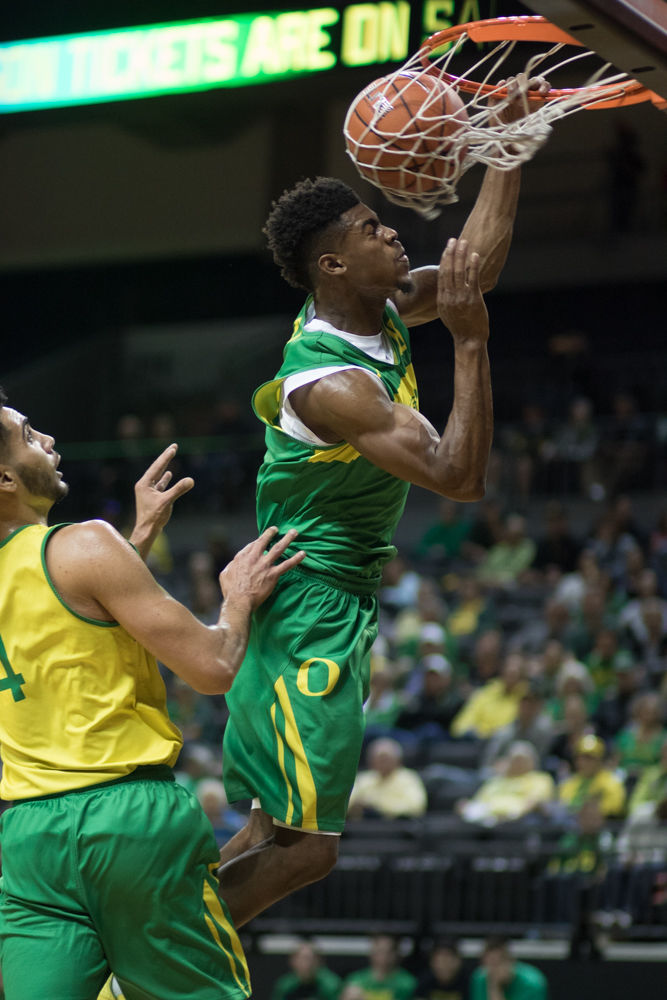 Photos: Oregon Basketball hosts Matt Knight Madness