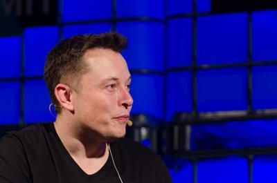Yazdani: Elon Musk is driving Tesla into ruin