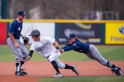 Oregon baseball loses 7-4 to Arizona State in Pac-12 opener