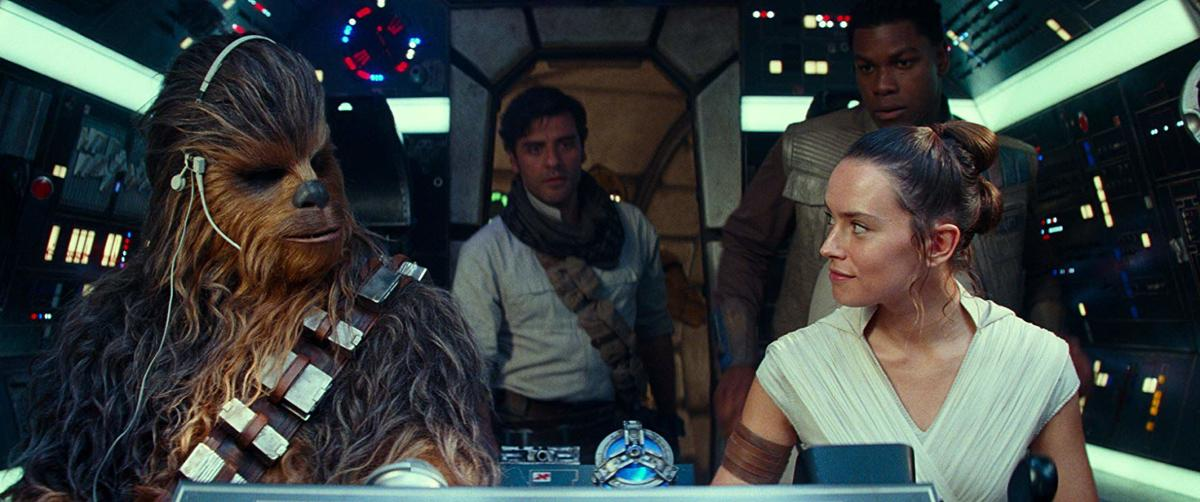 Review A Disappointing Star Wars Episode Ix The Rise Of Skywalker Concludes The Four Decades Long Skywalker Saga Arts Culture Dailyemerald Com