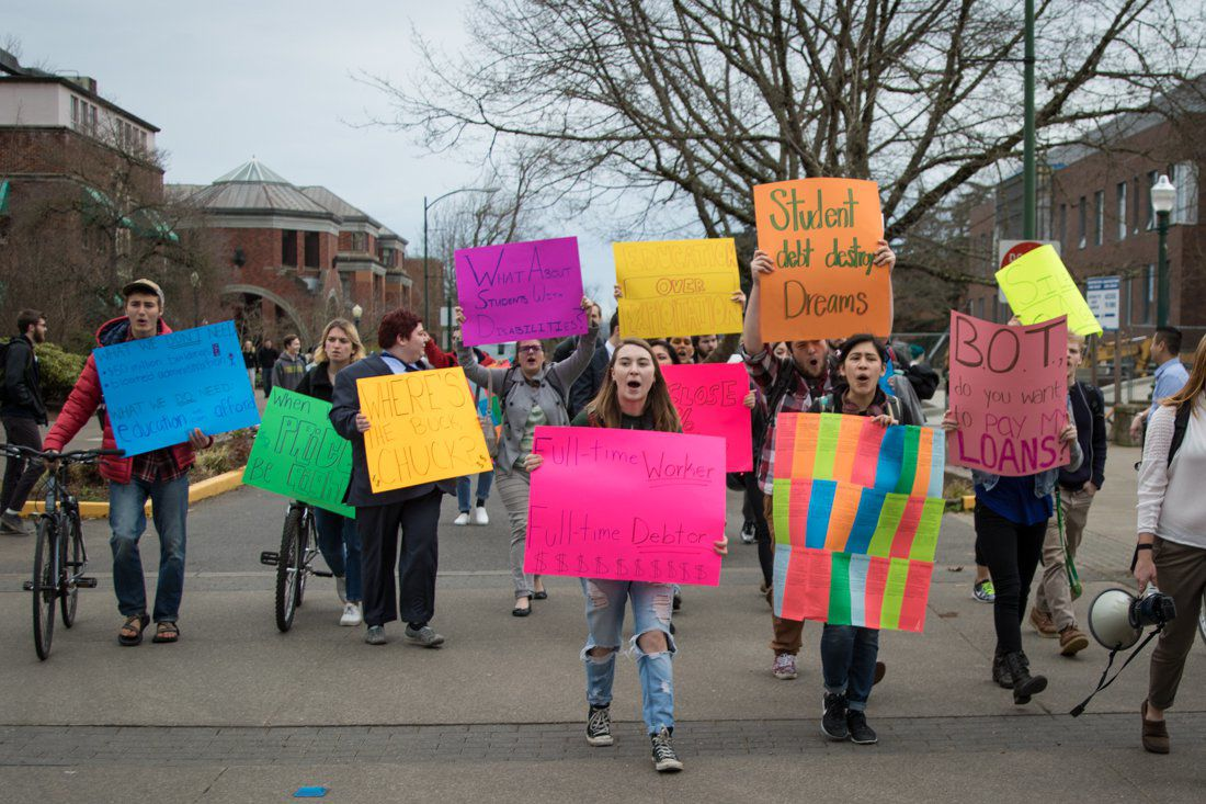 Photos: Students protest BOT's decision to raise tuition