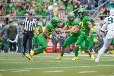 No. 23 Oregon football defeats Portland State 62-14 with diverse offensive display