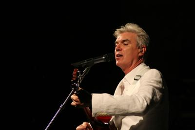 Review: David Byrne grapples with the 21st century on 'American Utopia'
