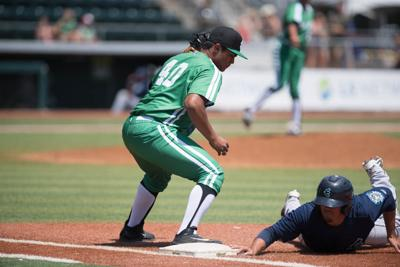 Eugene Emeralds score four unanswered runs to come back in first walk-off of the season