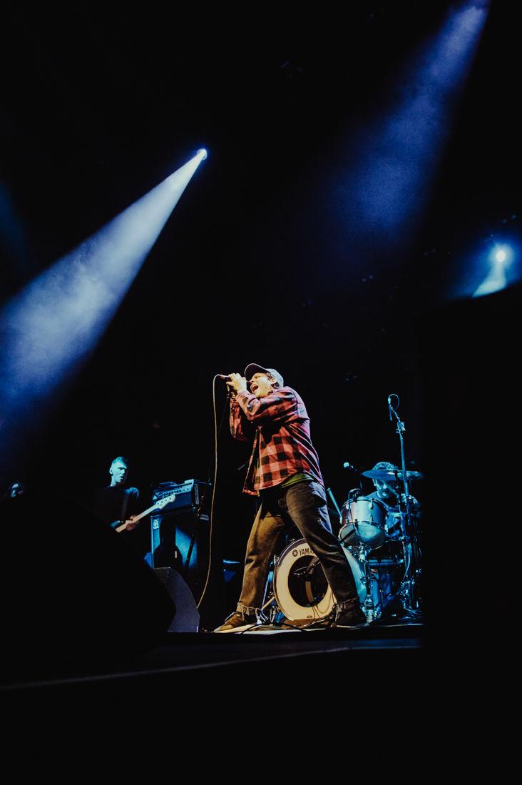 2019.04.05.EMG.SEN.Basement.Weezer.Pixies-1.jpg