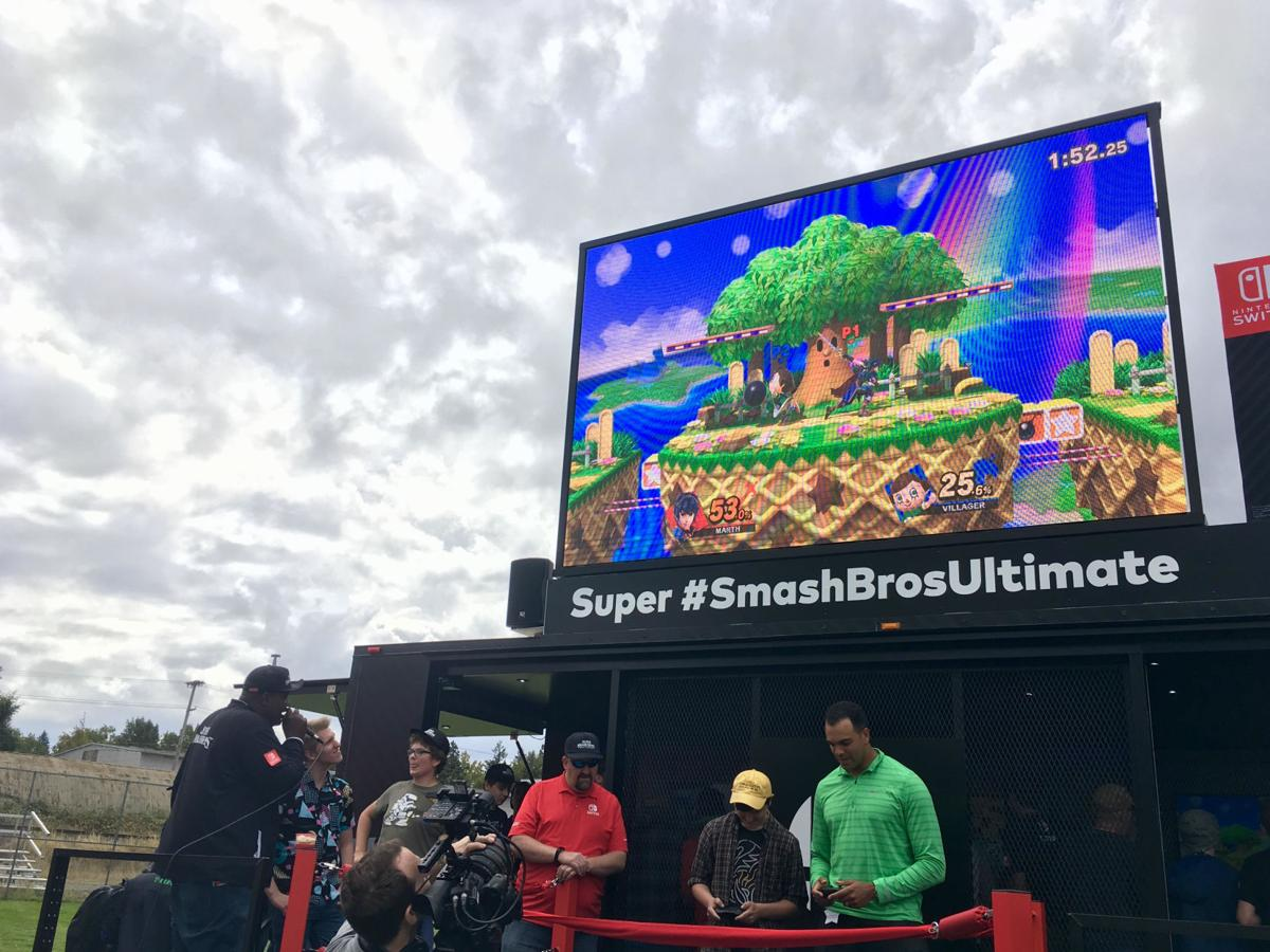 Former UO athlete Jordan Kent and Nintendo bring 'Super Smash Bros.' to Autzen